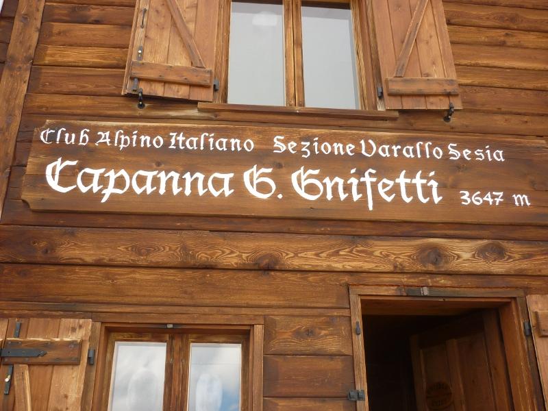 chata Gnifetti 3647m